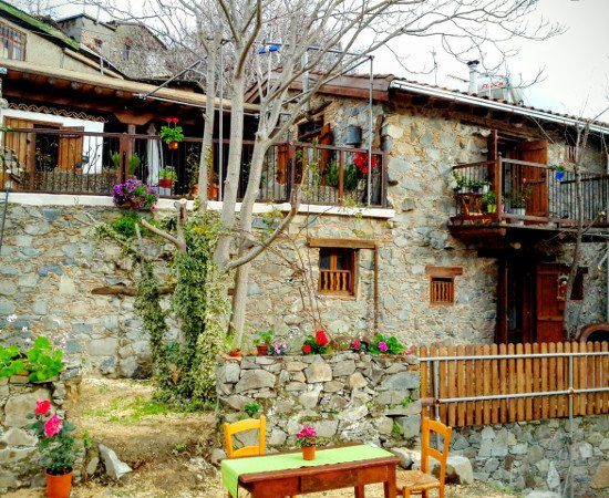 Isminis Petroktisto (Stonehouse), holiday rental in Pelendri