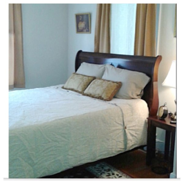 The Gold Room, shared full bath in hallway., vacation rental in Waynesboro