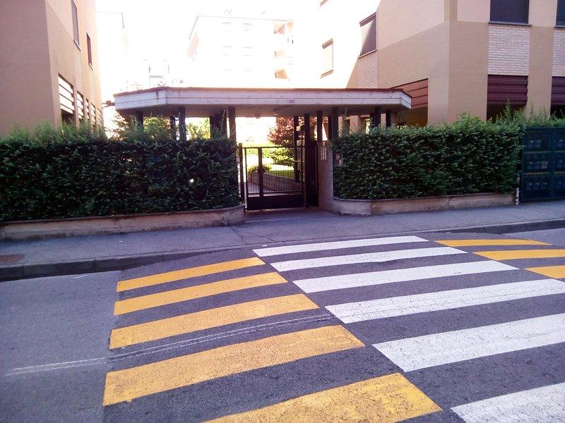 Pedestrian entry condo