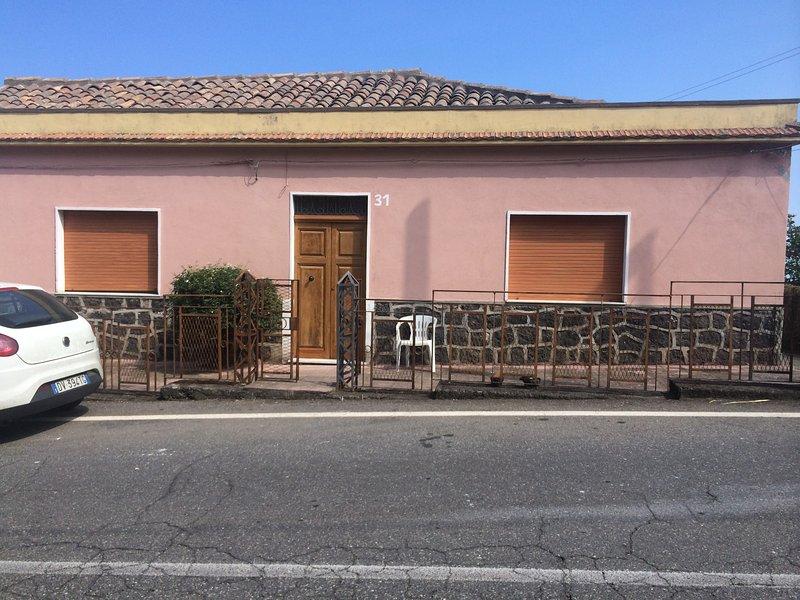 CASA VACANZA A MONTARGANO, vacation rental in Mascali