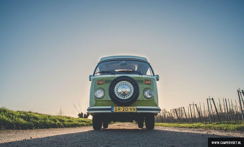 Campervoet . nl  bij ons huurt u een toffe vw bus, holiday rental in Buren