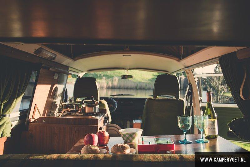 Volkswagen T2b Berlin breakfast cosiness cosiness classic camper hire T2 T3