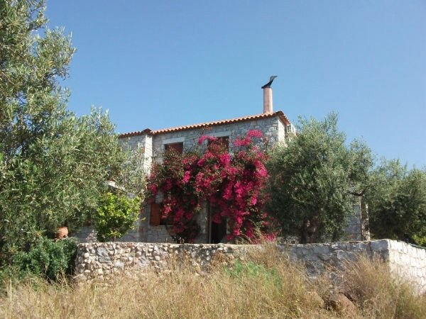 Bougainvillea house a magical and tranquil get away from it all in Stoupa, the Peloponnese.