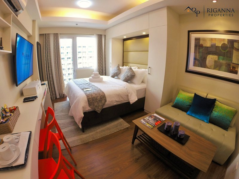 Riganna ONE at Shell Residences - near Airport, Mall of Asia and Casinos, vacation rental in Pasay