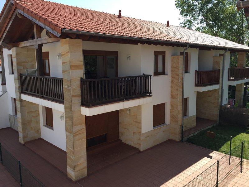 Apartamentos Rurales La Fuente, holiday rental in Pesues