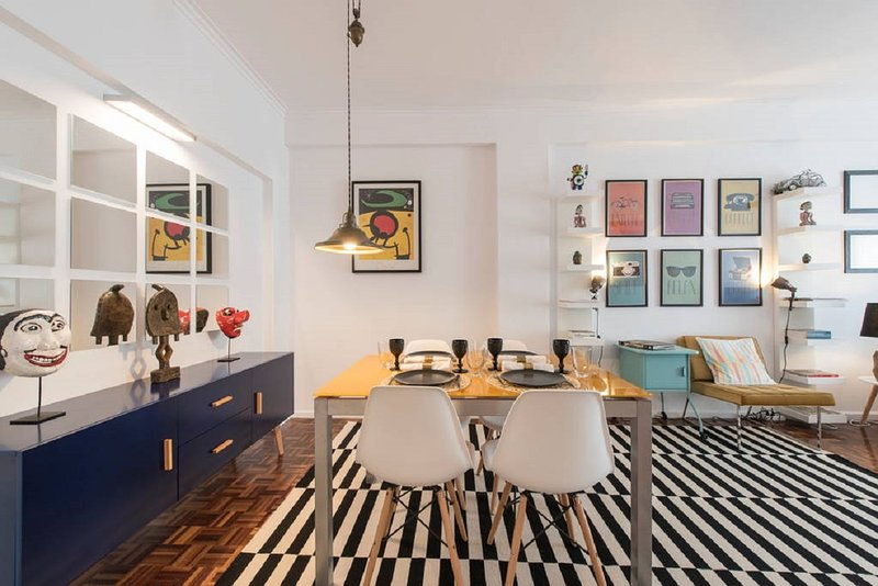Charming Modern Apartment in Lisbon, holiday rental in Alfragide