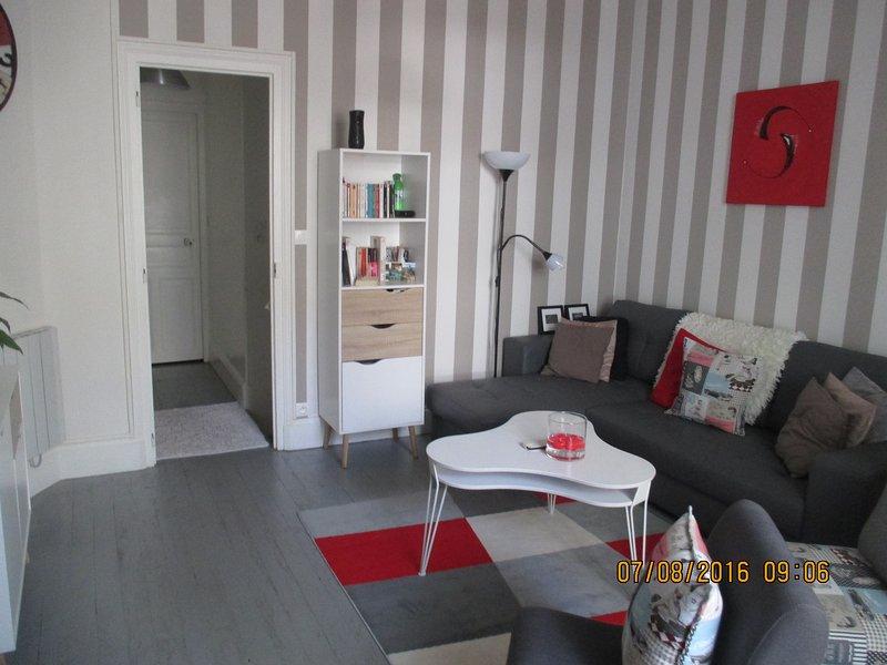 Appartement F3 rez-de jardin, location de vacances à Bellerive-sur-Allier