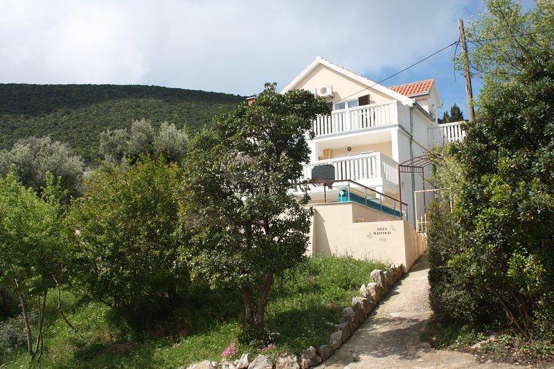 Villa Maestral, casa vacanza a Zvinje