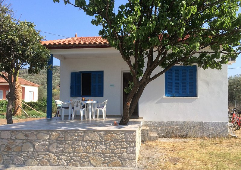 Seashell Cottage, authentically Greek