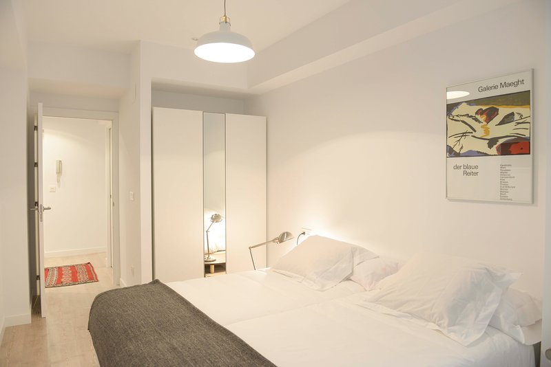 Chambre 1. Taille standard avec placard