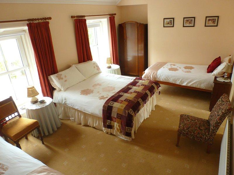 Trean House Farmhouse B&B, holiday rental in Carndonagh