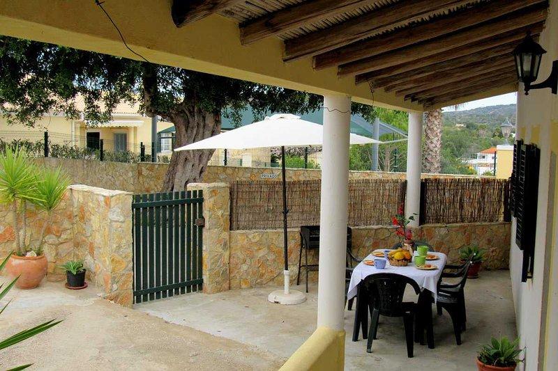 Villa im Herzen der Algarve 3 Z. (Albufeira ) WIFI, vacation rental in Loule