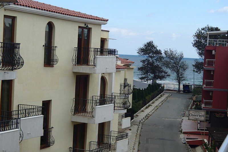 1-bedroom apartment with sea view near the beach, holiday rental in Sozopol