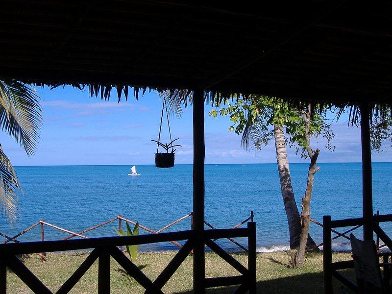 Vista desde la terraza con la marea alta