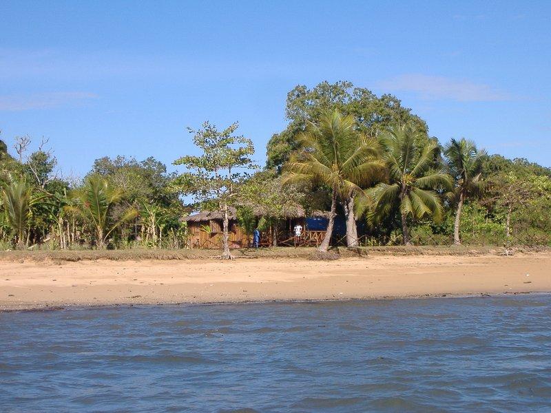 O bangalô visto do mar