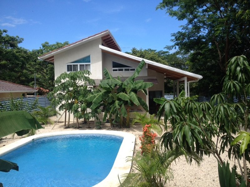 Casa del Sur 2: A peaceful Oasis, holiday rental in Playa Samara