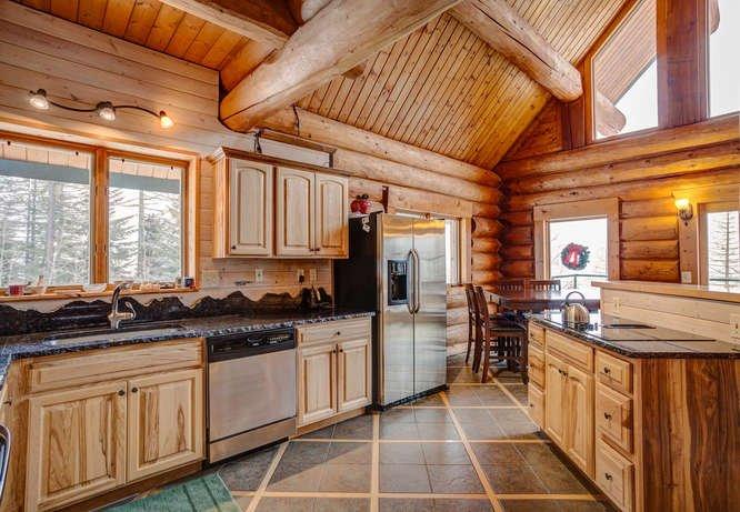 Nice open kitchen layout