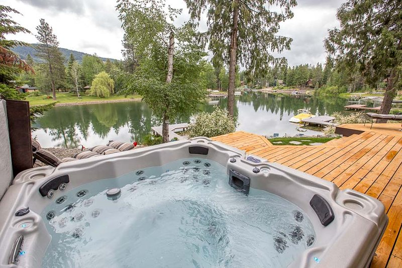 Great outdoor hot tub