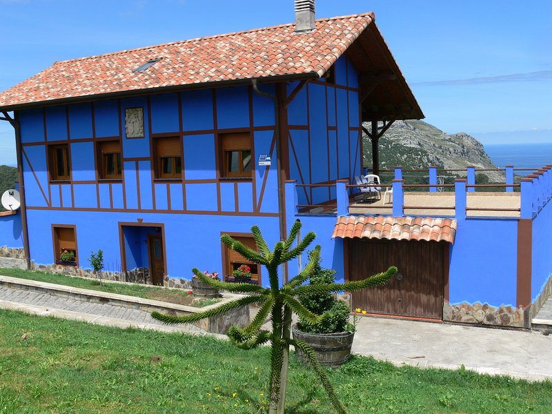 Basque house, holiday rental in Gibaja