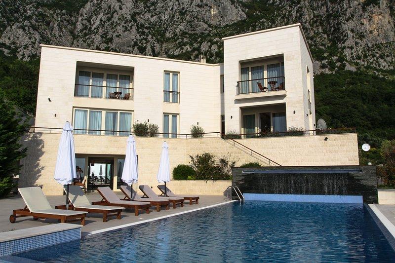 Residence Villa Excellence, casa vacanza a Sveti Stefan