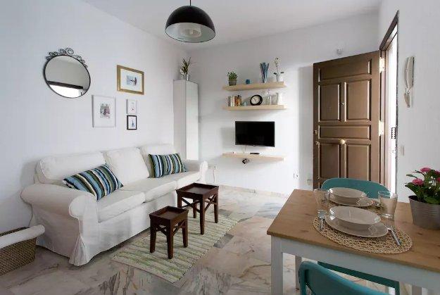 [93] Lovely 1bd flat with shared terrace, aluguéis de temporada em Castilblanco de los Arroyos