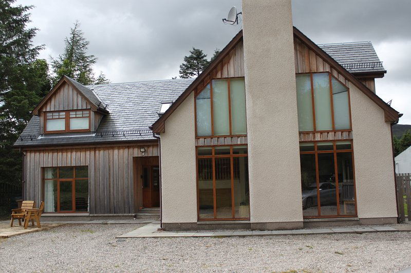 Fantastic Luxury Highland Home, vacation rental in Dalwhinnie