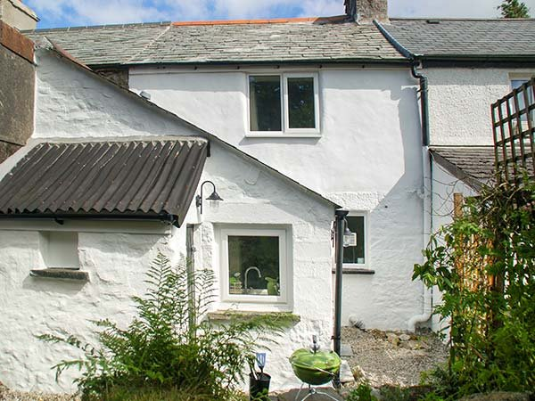 High Moor Cottage, Minions, holiday rental in Two Waters Foot