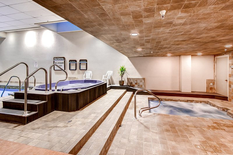 Communal Hot tubs (winter only)