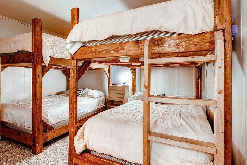 Lit, Chambre, Meubles, Décoration d'intérieur, Linge