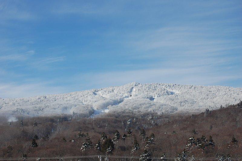 Uitzicht op Ramshead in het begin van de winter