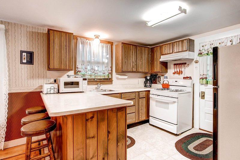 Keuken w / bar stijl zitplaatsen