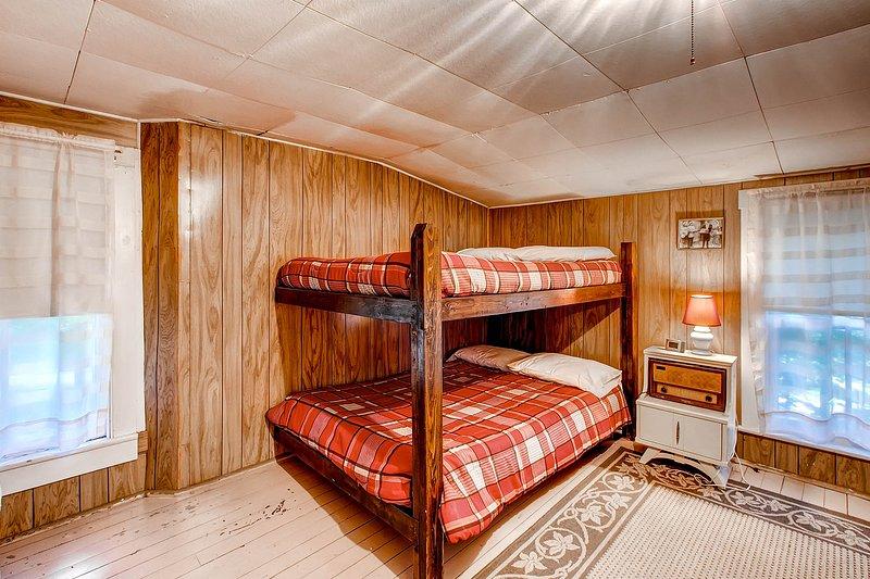 Boven slaapkamer 1 w / stapelbedden