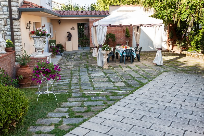 Casa vacanze VILLA SAN GENESIO, holiday rental in Casciana Alta