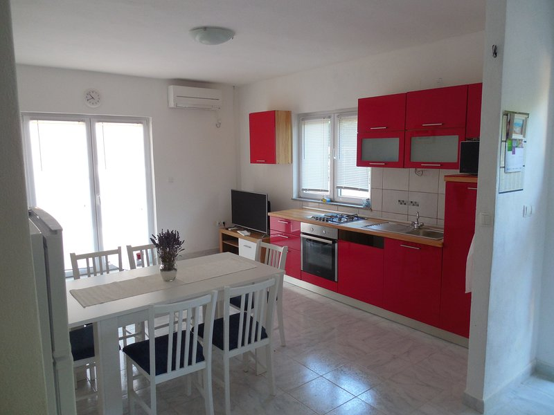 Chary, romantic and little bit rural. That is the shortest description of Apartment Victoria RED. :)