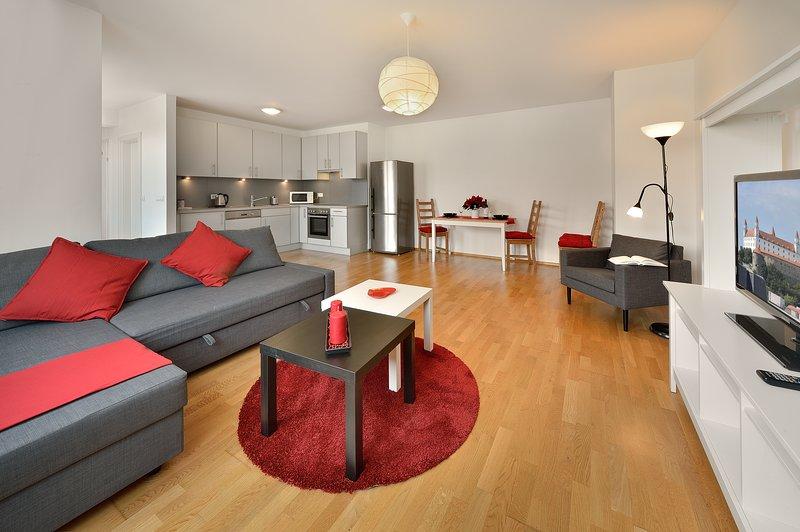Deluxe 2 BDR apartment 29 Augusta Street, holiday rental in Bratislava Region