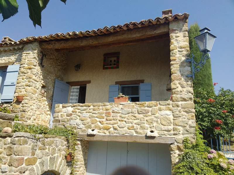 maison de charme, holiday rental in Malijai
