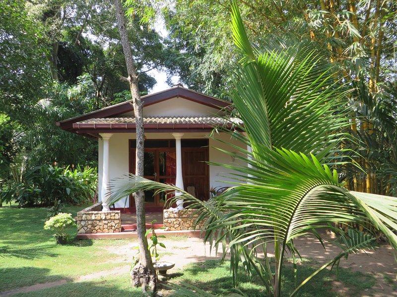 ca.35qm 1 salle de bains / douche terrasse extérieure / jardin