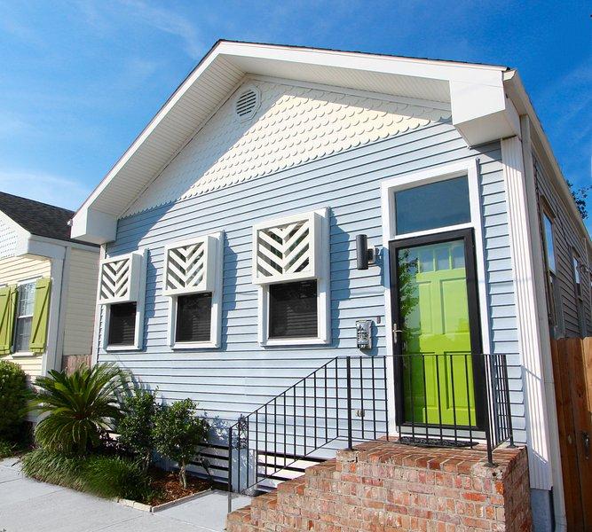 SUNNY EXPOSURE - UPTOWN New Orleans Getaway!, holiday rental in Saint Rose