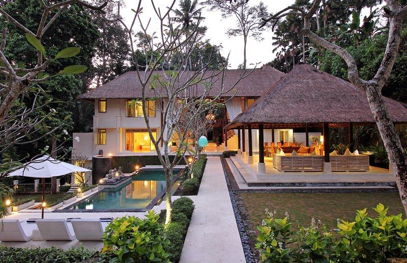 Villa Jewel, holiday rental in Buduk