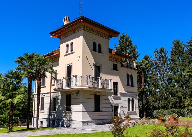 B&B Villa Chiara  suite Virginia, vakantiewoning in Province of Varese