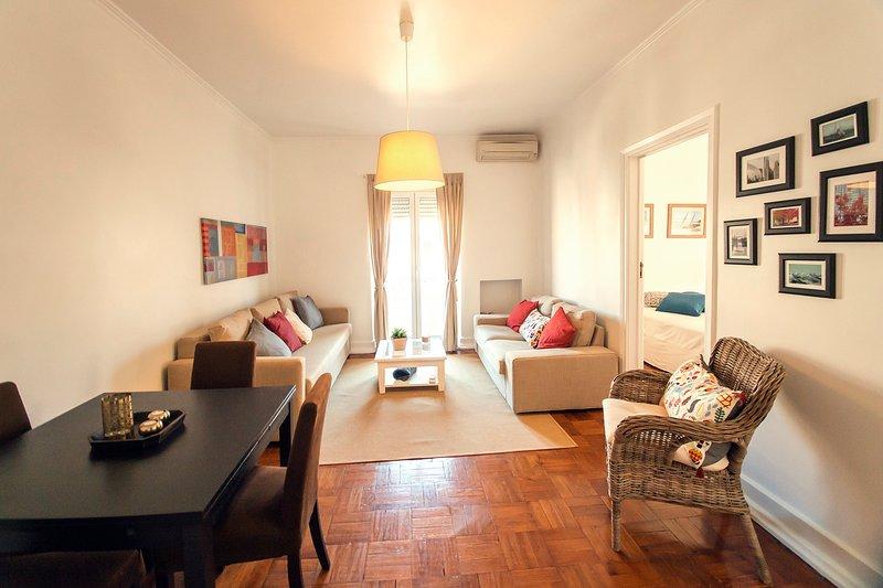 Living room/Dinner room