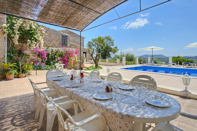 Casa en Selva Mallorca para 10 personas Nº Licencia Turistica ET 3073, vacation rental in Selva
