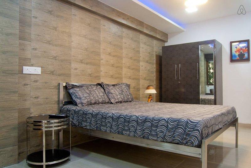The Pad: Private 1 Bed Apartment at Vashi Navi Mumbai, location de vacances à Navi Mumbai