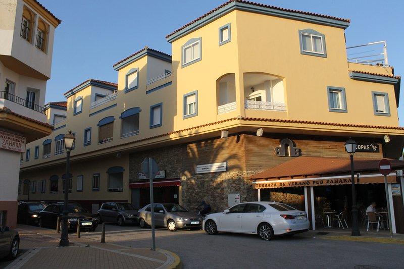 Facade of edificio.Paseo Pradillo, 2 (Waterfront Hotel Pozo del Duque)