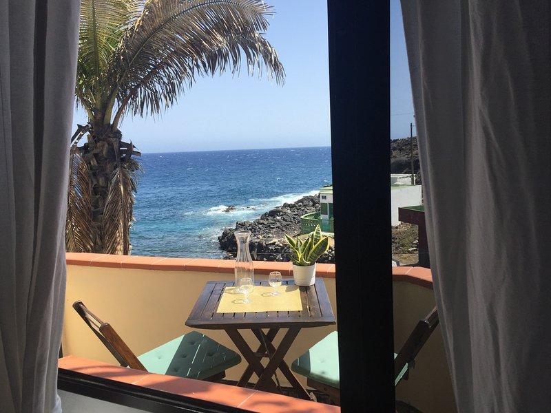 Beautiful house fishing town Tenerife SEA VIEW, aluguéis de temporada em Santa Cruz de Tenerife