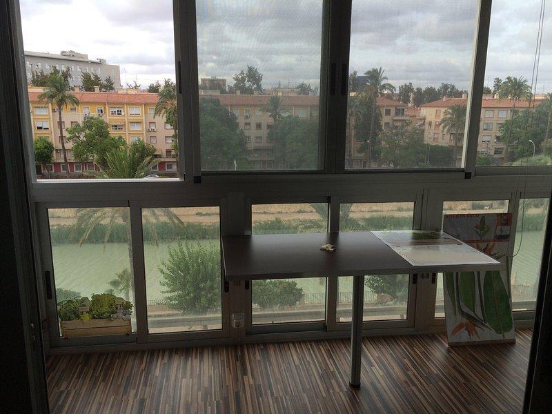 Apartamento céntrico junto al Río Segura – semesterbostad i Murcia