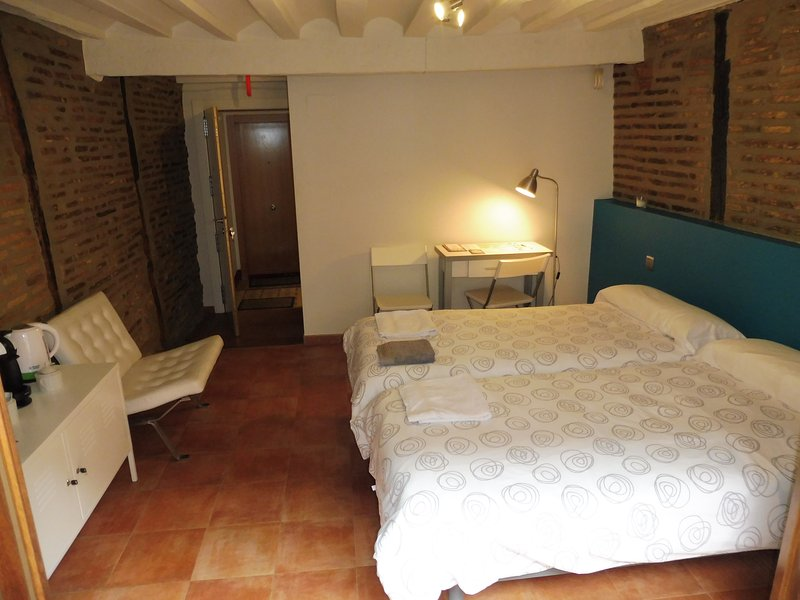 NOCHE DE SAN JUAN, holiday rental in Genevilla