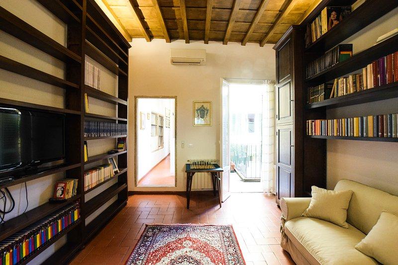 Eingang / Wohnzimmer mit Schlafcouch