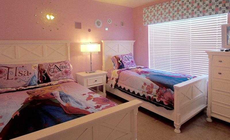 New Frozen Thème Chambre pour les filles avec une taille complète et un double lit