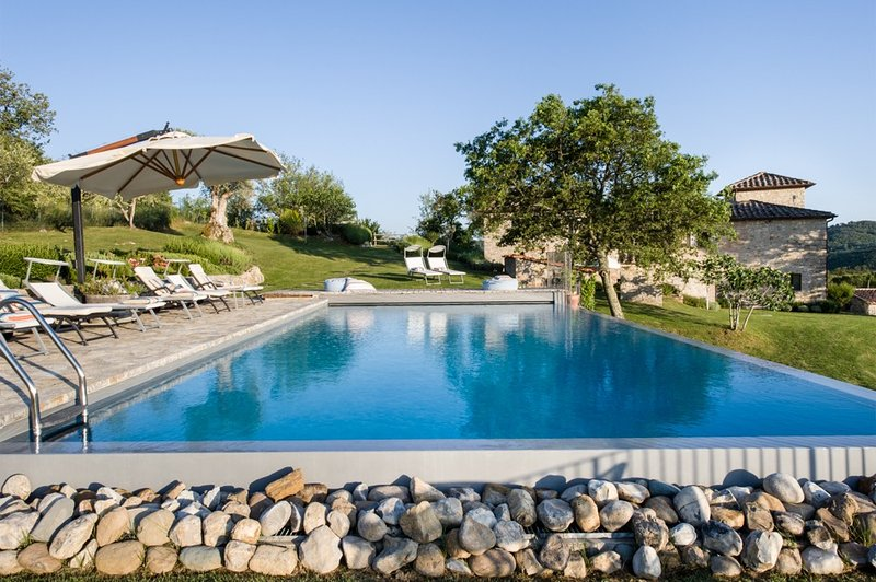 Casa Della Fortuna, location de vacances à Volpaia